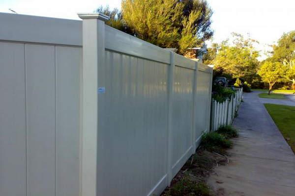 Wood Plastic Composite Fence Advantages