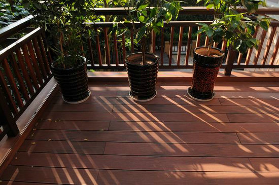 Composite Wood Outdoor Flooring