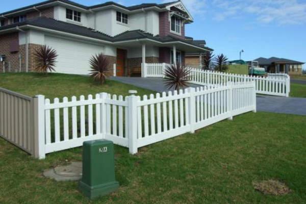 cost of vinyl fencing