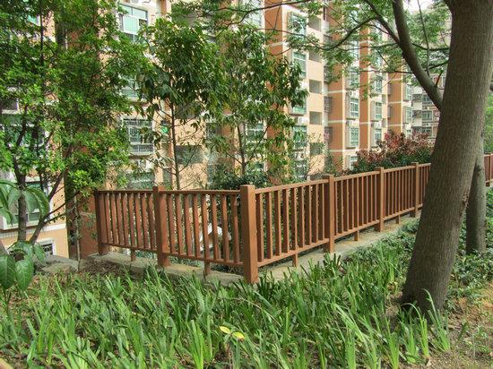 Wood Plastic Composite Outdoor Fence Price UK