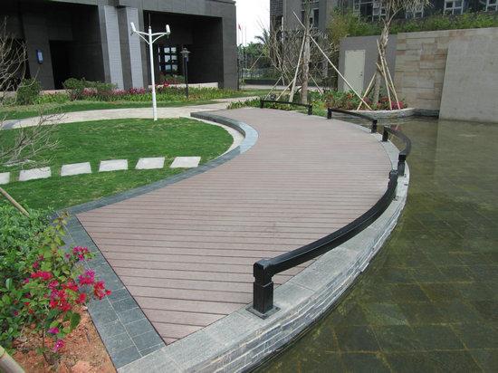 Garden decking design