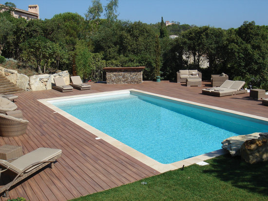 swimming pool decking