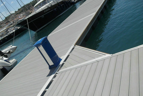 composite marine flooring for boats