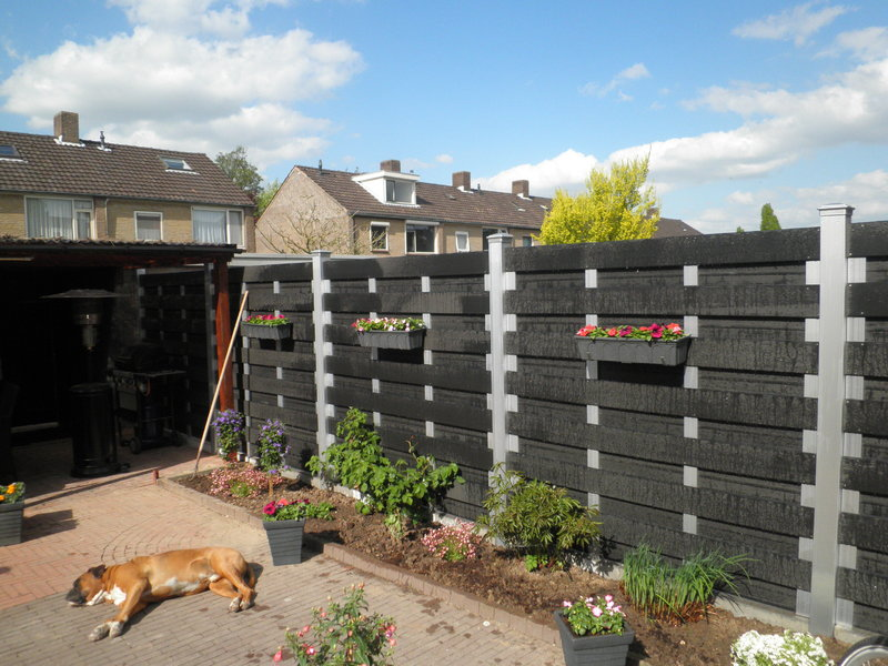 composite-garden-fence-product-qz